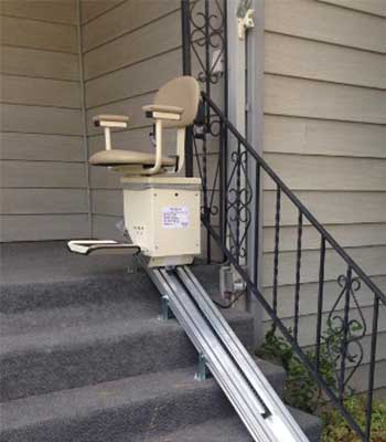 Harmar straight outdoor stairlift
